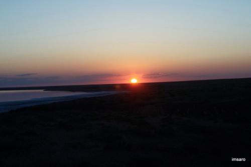 Закат. Природный парк Эльтонский. Озеро Эльтон. Палласовский район. Волгоградская область.